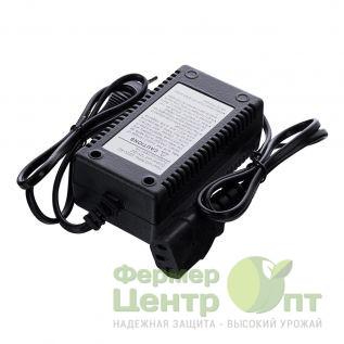 Зарядное устройство для аккумуляторного опрыскивателя